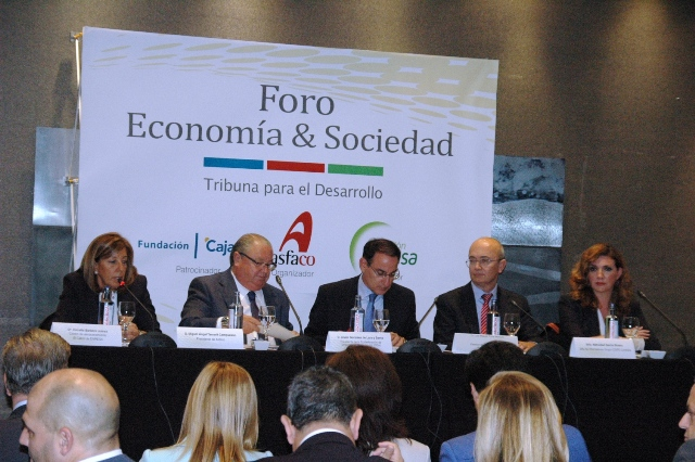 El presidente de la CEA hizo estas afirmaciones durante su intervención en el Foro de Economía y Sociedad de Córdoba