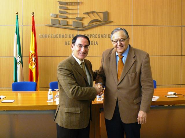 Los presidentes de la CEA y de la RFAF firmaron hoy un convenio de colaboración para acercar el deporte al mundo de la empresa