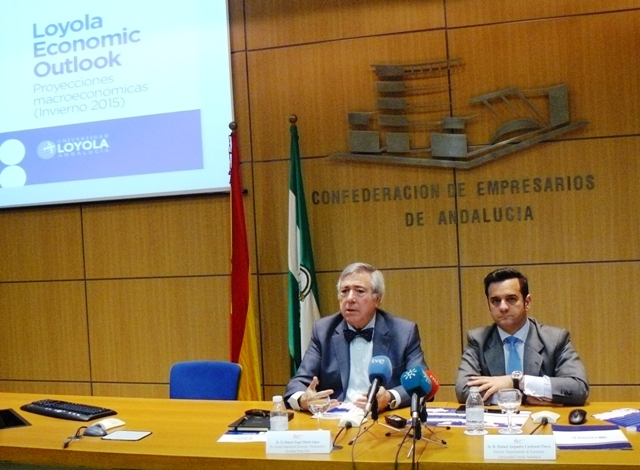 El informe dedica su sección monográfica al análisis de los costes laborales y de la competitividad externa de la economía andaluza