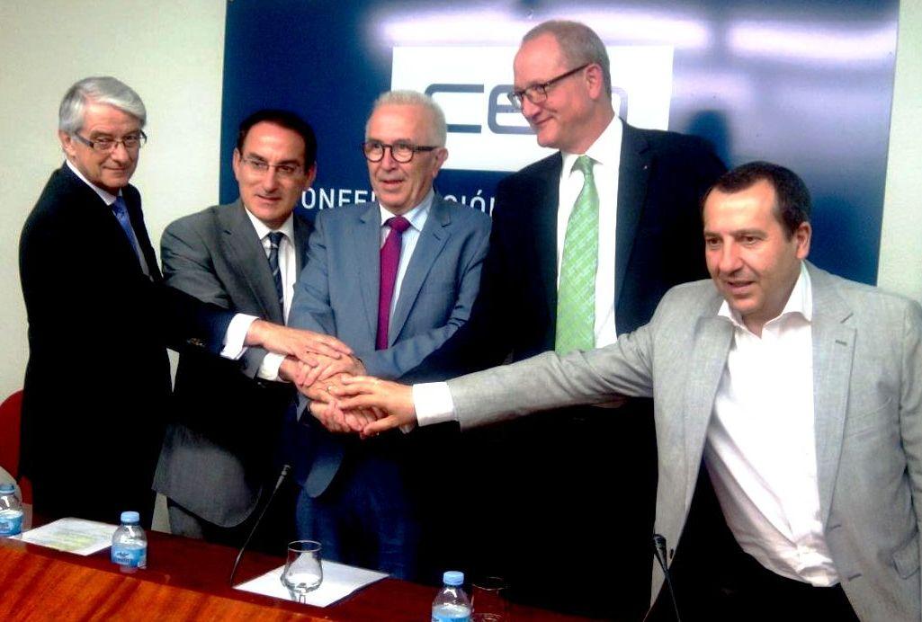 El acto se celebró en la sede de la Confederación de Empresarios de Málaga