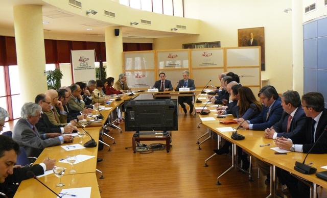 El Presidente de CEA y los sectores empresariales de la sanidad se reunieron con el Consejero de Salud
