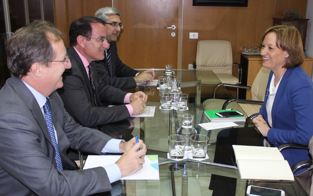 El Presidente de CEA y la Consejera de Agricultura se reúnen en un clima muy positivo de diálogo y colaboración