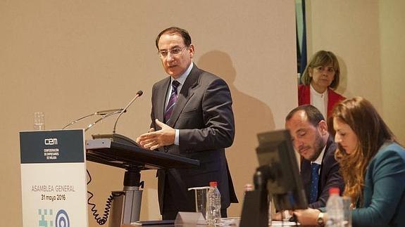 El Presidente de CEA reclama diálogo político para crear estabilidad