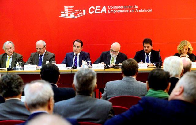 La organización empresarial analiza la actualidad política y social de España y Andalucía