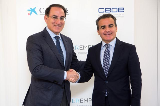 El Presidente de CEA y el Director Territorial de CaixaBank en Andalucía Occidental  suscribieron el convenio