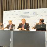 """El presidente de la CEOE, Juan Rosell, considera que """"Necesitamos normas más claras y concretas en prevención de riesgos laborales""""."""