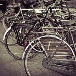 Caminar o ir en bicicleta es bueno para la salud, incluso con altos niveles de contaminación.