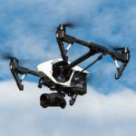 Drones para manipular las líneas eléctricas y reducir los accidentes laborales en altura.