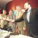23 de febrero de 1998. El presidente de CEA, Rafael Álvarez Colunga, suscribió un Pacto por el Turismo con sindicatos y el consejero de Turismo de la Junta de Andalucía.